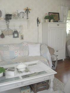 Интерьер в стиле шебби шик в отдельно взятой квартире.Гостиная 2