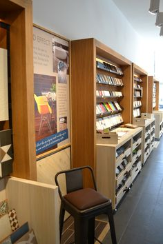 Boutique Tile Showroom for national tile retailer with bespoke display units both fixed and freestanding/ movable units designed in house by je+1.  #boutiquestore #retaildisplay #storedesign #retaildesigners