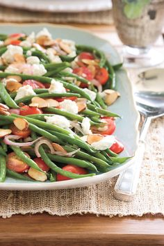 Creamy goat cheese, crunchy toasted almonds, juicy red tomatoes, and flavorful vinaigrette puts this recipe a cut above ordinary green beans.Recipe: Green Beans with Goat Cheese, Tomatoes, and Almonds