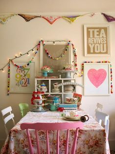 Happy dining space. Love the hankies bunting :)