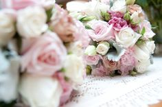 Beautiful summer bouquet in pink tones. Roses, lisianthus, silver suede, spray roses and ivy