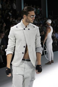Nobles- Ferdinand???Dirk Bikkembergs   Sport Couture Collection Spring Summer 2015