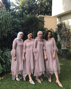 Image may contain: one or more people, people standing and outdoor Kebaya Muslim, Kebaya Hijab, Kebaya Dress, Dress Pesta, Muslim Dress, Dress Brokat Muslim, Hijab Dress Party, Hijab Style Dress, Dress Outfits