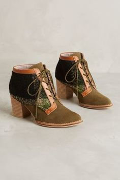 Pilcro Lace-Up Booties Moss 6.5 Wedges