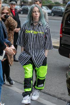 The Style Evolution Of Billie Eilish February 2019 - The . The Style Evolution Of Billie Eilish February 2019 - The Style Evolution Of Billie Eilish - StyleBistro Billie Eilish, Estilo Hip Hop, Looks Street Style, Look Cool, My Girl, Revolution, Celebrity Style, Celebrity Nails, Celebrity Outfits