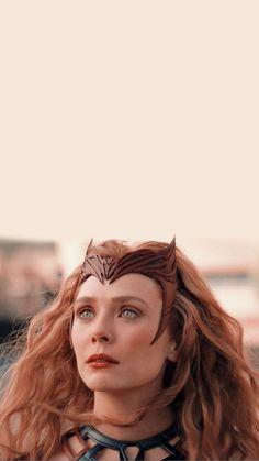 Marvel Cinematic Universe Movies, Marvel Avengers Movies, Mcu Marvel, Marvel Dc Comics, Marvel Characters, Marvel Women, Marvel Girls, Elizabeth Olsen, Scarlet Witch Comic