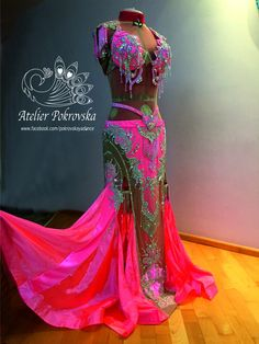 Sadie Belly Dance, Belly Dance Outfit, Belly Dance Costumes, Sexy Dresses, Nice Dresses, Elegant Dresses, Professional Costumes, Cute Flower Girl Dresses, Types Of Lace