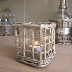 Natural willow t-light holder