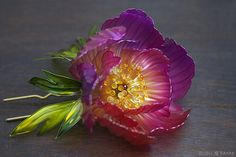 """Kanzashi"" the Japanese ornamental hairpin; Peony by Sakae 榮  - Japan's fine Kanzashi creator   #hair #accessory #art"