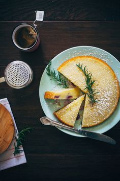 Food Photography: Cake // Overhead Shot, Cake, Sweets, Desserts, Baked Goods, Artificial Lighting, Slices, Utensil Styling, Wooden Background, Dark Background, Colour Contrast