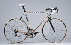 Dario Pegoretti art thou --> Cycling News, Road Cycling, Cycling Bikes, Road Bikes, Cool Bicycles, Vintage Bicycles, Velo Retro, Bike Equipment, Bicycle Components