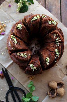 Rocky Road Bundt Cake - Pecados de Reposteria