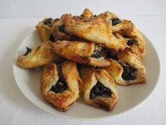 Szombat: 2. Szilvalekváros papucs A 17, French Toast, Chicken, Meat, Breakfast, Food, Morning Coffee, Essen, Meals