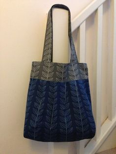 Pleated tote (pattern from the long thread)