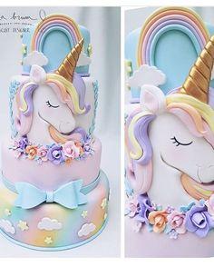 Awesome unicorn cake, this is so cool. Cake by ・・・ Mais um Unicórnio fofo Com muito amor para via Unicorn Foods, Unicorn Cakes, Baby Unicorn, Rainbow Unicorn, Little Girl Birthday, Unicorn Birthday Parties, Birthday Cakes, Birthday Outfits, 7th Birthday