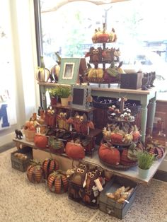 Woof and Poof Fall 2013 display at Roeda Studio Ann Arbor MI Gift Shop Displays, Store Window Displays, Market Displays, Antique Booth Displays, Craft Booth Displays, Display Ideas, Craft Booths, Autumn Display, Fall Displays