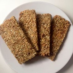 The Vegetarian Atkins diary : 3 ingredient, very low carb crackers