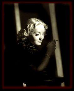 .Love this photo of Bette Davis.