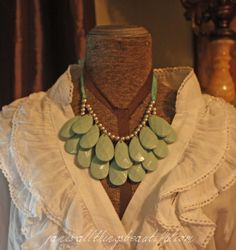 All Things Beautiful: Anthro {knockoff} necklace DIY