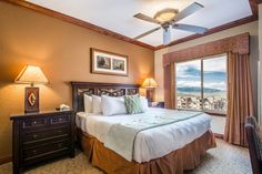 Boasting stunning panoramic views of the Wasatch Mountains, this luxurious Westgate Resort property and has spacious accommodations, complete with ski storage and ski valet. This classic and luxurious condominium has modern amenities and finishings that can accommodate up to eight (8) Guests. #travel #vacationrental #skiresort #itrip