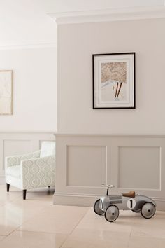 Hallway Inspiration, Decoration Inspiration, Interior Inspiration, Interior Design Gallery, Home Interior Design, Home Living Room, Living Room Decor, Beige Living Rooms, Living Room Panelling