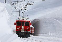 Rhätische Bahn (RhB), ABe 4/4 III 53, Sankt Moriz (GR) - Tirano (Italia) v.v. LOVE the Rhätische Bahn!
