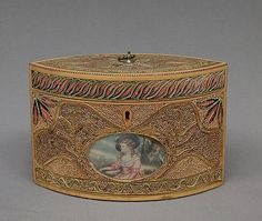 Tea Caddy, early 19th century, English (pine base, cover, paper, silk)