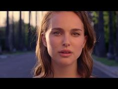 Natalie Portman's New Dior perfume Ad Is bizarre – The Forward