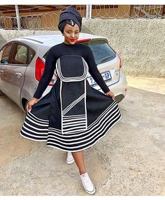 there are some incredible styles you can see with TRADITIONAL XHOSA AND ZULU that will make you the center of attention at any occasion African Fashion Skirts, South African Fashion, African Fashion Designers, African Dresses For Women, African Print Fashion, South African Traditional Dresses, Traditional Outfits, Traditional Wedding, Xhosa Attire