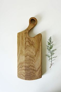 Cutting Board - x - Made From Ash Wood - Ideal For Kitchen Serving, Chopping Or Cutting by Whole Grain Homes on Gourmly Custom Woodworking, Woodworking Projects Plans, Korn, Wooden Cheese Board, Wooden Boards, Cheese Boards, Diy Cutting Board, Spring Projects, Wooden Kitchen