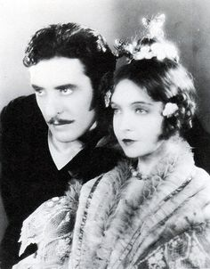 Lillian Gish and John Gilbert. I'm in love with this picture.
