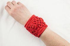 Haute Couture spirit bangle Bright red - EmKha