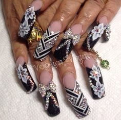 Mar 2018 - Despite the variety of possible nail art designs gold nails are still popular. In this post, you`ll find the best ideas how to decorate your manicure with gold nails. Nail Art Designs, Acrylic Nail Designs, Nail Designs Bling, Rhinestone Nails, Bling Nails, Beautiful Nail Designs, Beautiful Nail Art, Fabulous Nails, Gorgeous Nails