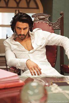 Bollywood Outfits, Bollywood Photos, Bollywood Actors, Bollywood Celebrities, Bollywood News, Actor Picture, Actor Photo, Ranveer Singh Beard, Royal Pic