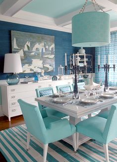*Lovely Clusters - The Pretty Blog www.lovelyclustersblog.com: Beach House Dining Room by Mabley Handler