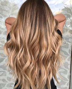 17 Stunning Examples of Balayage Dark Hair Color - Style My Hairs Best Ombre Hair, Ombre Hair Color, Hair Color Balayage, Hair Highlights, Honey Balayage, Golden Highlights Brown Hair, Balayage Hair Brunette With Blonde, Blonde Highlights On Dark Hair, Hair Color Caramel