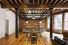 Franklin Street Loft was designed by interior architecture studio Jane Kim Design in TriBeCa, New York. 3000 square foot loft in Tribeca Rustic Home Interiors, Loft Interiors, Industrial Interiors, Loft D'entrepôt, Loft Stil, Soho Loft, Loft House, Tiny House, Loft Estilo Industrial