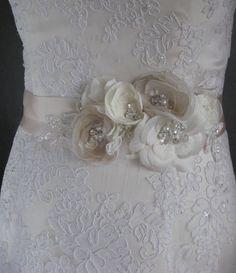 Bridal sash Wedding belt accessory floral lace Champagne Beige Ivory Nude Cream Vintage rhinestone dress romantic sash flower ribbon sash