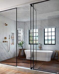 Betreten Sie Jessica Albas Hafen in Los Angeles - Houzz Bathroom, Remodled Bathrooms, Diy Bathroom, Small Bathroom, Master Bathroom, Bathroom Ideas, Jessica Alba, Cob House Plans, White Kitchen Inspiration