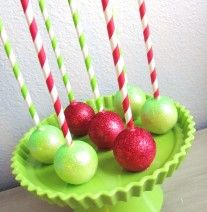 Christmas cake pops with paper straws at NashvilleSweets.com