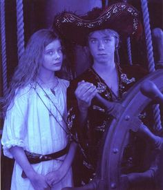 peter and wendy i relay just love this picture i could just look at it for ever its relay cute to