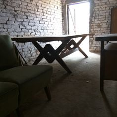 Stumbled upon this table in a warehouse in Chandigarh Dining Room Table, Dining Bench, Pierre Jeanneret, Design Language, Le Corbusier, Chandigarh, Warehouse, Furniture Design, It's Amazing