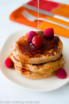 Healthy Whole Wheat Oatmeal Pancakes. Soft, wholesome pancakes made with simple ingredients What's For Breakfast, Breakfast Pancakes, Breakfast Dishes, Breakfast Recipes, Snack Recipes, Snacks, Oatmeal Pancakes, Pancakes And Waffles, Tostadas