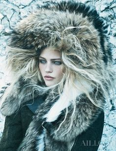 Sasha Pivovarova by Mikael Jansson for Vogue US September 2014 - I have an unhealthy love for the look of fur. Sasha Pivovarova, Fur Fashion, Look Fashion, Winter Fashion, Nordic Fashion, Christmas Fashion, Bohemian Fashion, Fashion Shoot, Winter Beauty Tips
