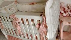 KIT BERÇO 7 PEÇAS 1080,00    Temos também o kit cama no valor de 1380.    KIT CAMA 9 PEÇAS 1380,00    Dossel de pérolas com Mosquiteiro em voal creme e renda 680.0
