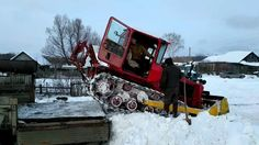Грузим трактор ДТ-75 на Камаз без крана и других приспособлений