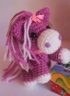 Всем привет!    Эта лошадка Пони - традиционная амигуруми игрушка. Поников обожают девочки, поэтому она будет актуальна и после наступления...