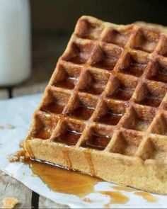 Breakfast Waffle - These paleo pumpkin breakfast waffles are the perfect sweet treat to have during early fall mornings. These waffles are made from a paleo recipe ma. Paleo Dessert, Paleo Sweets, Waffle Recipes, Paleo Recipes, Whole Food Recipes, Paleo Breakfast, Breakfast Recipes, Breakfast Waffles, Pumpkin Waffles