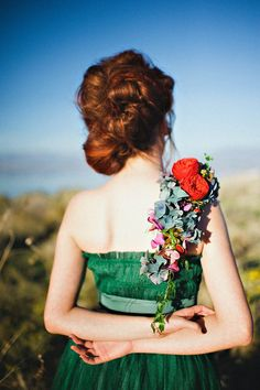 Emerald dress, over the shoulder floral piece. Petal Pixie via Rock N Roll Bride. Blush-photography-let-them-eat-cake-7