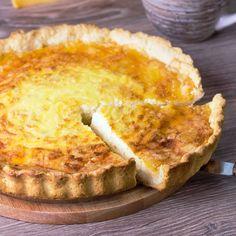 Basic, Easy Quiche recipe: From Kraft Keto Quiche, Healthy Quiche, Easy Quiche, Cheese Quiche, Frittata, Basic Quiche Recipe, Quiche Recipes, Brunch Recipes, Gourmet Recipes